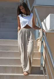 vetement femme cool chic crop top tendance 30 idées chic de porter le haut femme court