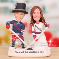 hockey cake toppers new york n y rangers wedding cake toppers hockey themed