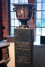 the 25 best dr sigmund freud ideas on pinterest sigmund freud