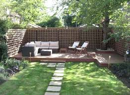 Patio Ideas For Small Gardens Uk Decking Designs For Small Gardens Backyard Decking Designs