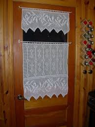 Crochet Kitchen Curtains by 29 Best Crochet Curtains Images On Pinterest Crochet Curtains