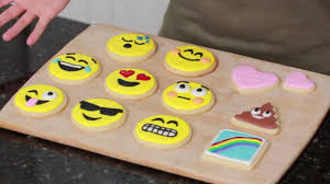 cookie emoji how to make emoji cookies video dailymotion