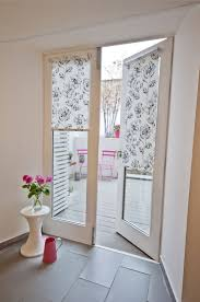 How To Put Blinds Down How To Put Blinds On Window Ideas Arched Do You A Bay Curtains
