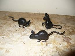waldorf kennels and gardens cast iron animal décor mouse