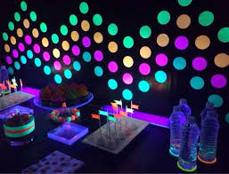 glow in the birthday party neon glow theme kids birthday party frostedeventscom ideas 0022