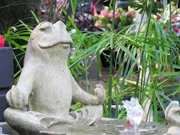 frog garden figurines frog garden statues ghanadverts club