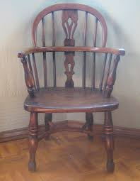 Antique English Windsor Chairs Mid 1800s Child U0027s Yew Wood Splat Back Windsor Chair English