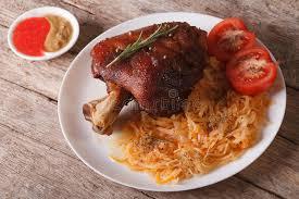 cuisine tcheque cuisine tchèque plan rapproché cuit au four de jambe et de