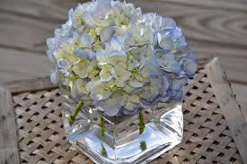 hydrangea centerpieces simply weddings pittsburgh wedding inspiration for