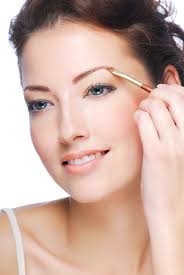 Shaping Eyebrows At Home How To Shape Your Eyebrows Using Makeup More Com