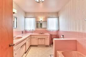 The Wet Bar Downey Ca 8615 Muller St Downey Ca 90241 Mls Dw16020491 Redfin