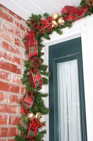 Christmas Garland With Lights by 22 Best Images About Christmas Front Door On Pinterest Deco Mesh