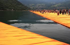 Floating Piers by Travelmarx Christo U0027s Floating Piers Lago D U0027iseo
