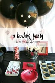 Diy Bowling Favors by Best 25 Bowling Ideas On Bowling