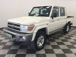 land cruiser car 2016 used toyota land cruiser 79 4 0p p u d c v6 4x4 m t for sale