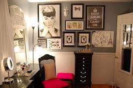 Eiffel Tower Vase Arrangement Ideas Women S Personal Space Boudoir Arrangement Ideas Small Design Ideas