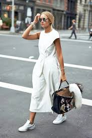 how to wear a culotte jumpsuit like a fashion blogger le fashion