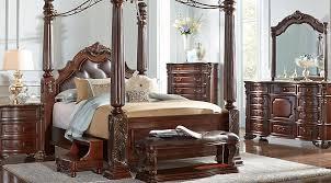 walnut bedroom furniture southton walnut 8 pc queen canopy bedroom bedroom sets dark wood