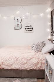 teenage girls bed decorating for a teen
