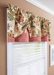 kitchen window valances ideas best 25 kitchen valances ideas on kitchen curtains