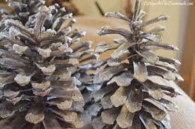 Decorating Pine Cones With Glitter Decorating Pine Cones Cottage At The Crossroads