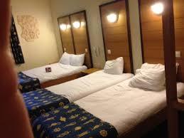 chambre d hotel 4 personnes j ai testé pour vous l hotel explorer à disneyland