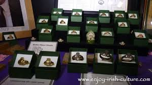 claddagh ring story claddagh rings antique rings in the museum at dillon s click on