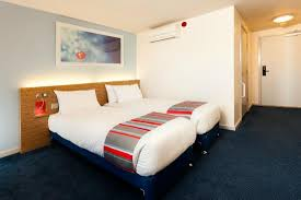 Twin Room Picture Of Travelodge London Waterloo Hotel London - Travelodge london family room