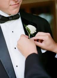 groom s boutonniere pin it boutonniere style for the groom bluebird productions