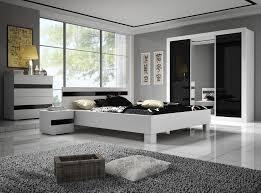 chambre coucher blanc et noir chambre adulte noir et blanc avec chevet design 2 tiroirs noir et