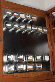 Kitchen Cabinet Door Magnets by Best 25 Magnetic Spice Jars Ideas On Pinterest Magnetic Spice