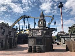 the halloween city scarowinds is now open for the halloween season 5 tips for the
