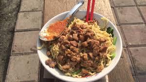 lexus rx jakarta indonesia street food jakarta bakmi sanle youtube