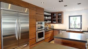 cuisine blanc et noyer la sotto armoires de cuisine moderne ateliers jacob