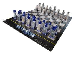 amazon com doctor who chess set game board with 3d lenticular