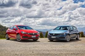 review holden bk astra 2016 on r rs and rs v
