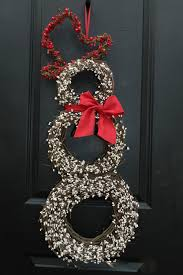 Decorate Christmas Grapevine Wreaths by Christmas Wreath Decorating Ideas