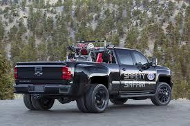 land rover safari 2018 2018 chevrolet silverado 3500hd nhra safety safari concept