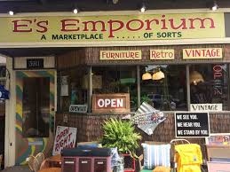 minneapolis u0027 minnehaha mile is a shopping destination with a