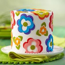 Decoration Fondant Cake Best 25 Fondant Flower Cake Ideas On Pinterest Fondant Flowers