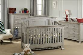 Charleston Convertible Crib by Kingsley