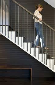 limon d escalier en bois les 25 meilleures idées de la catégorie main courante bois en