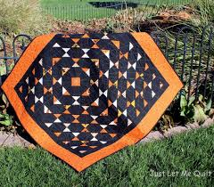 halloween store panama city fl halloween quilt at just let me quilt spiderweb quilting with