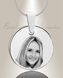 Engraved Pendant Stainless Round Photo Engraved Pendant To Display Love