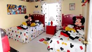 deco mickey chambre déco chambre mickey exemples d aménagements