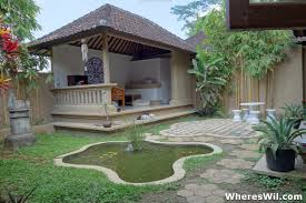 how much does it cost to live abroad ubud bali