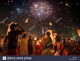 firework lantern couples firework and lantern in the sky yi peng festival