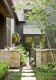 Traditional Craftsman Homes 10 Ways To Bring Charm To Your Home U0027s Exterior