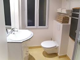 Decorating Ideas For Bathrooms Apartment Bathroom Decor