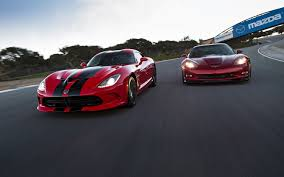 corvette vs viper 2013 chevrolet corvette zr1 vs 2013 srt viper gts motor trend